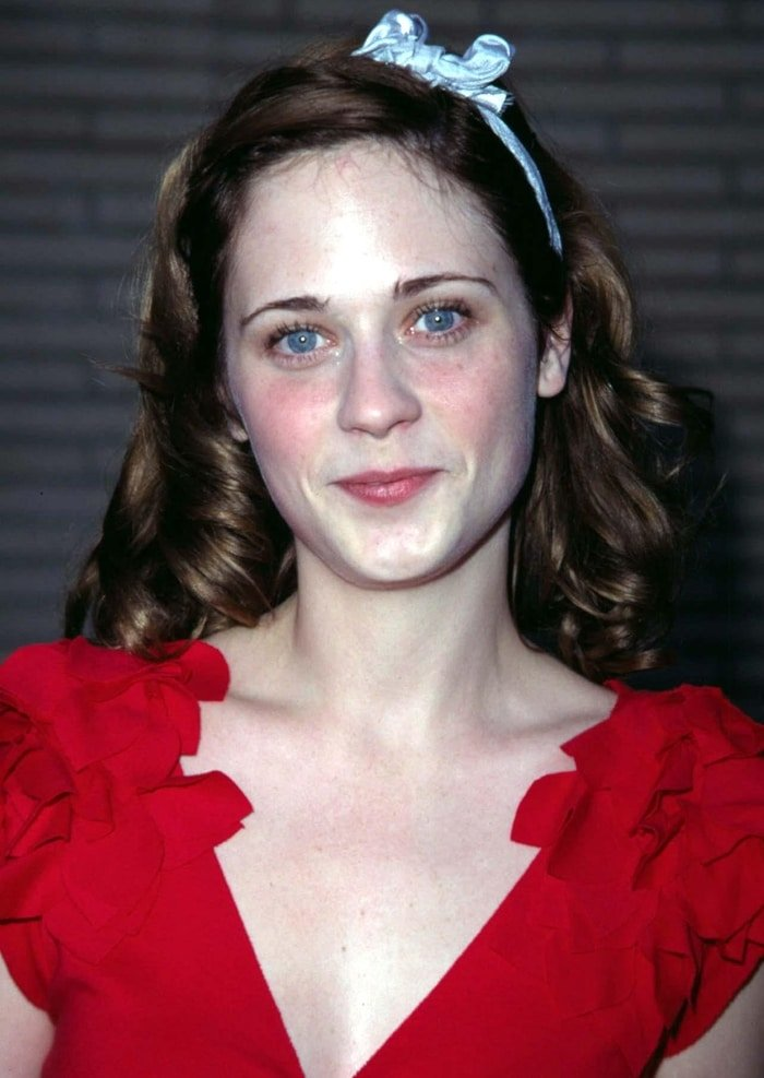 Zooey Deschanel without bangs at the anniversary party for Kiehl's products