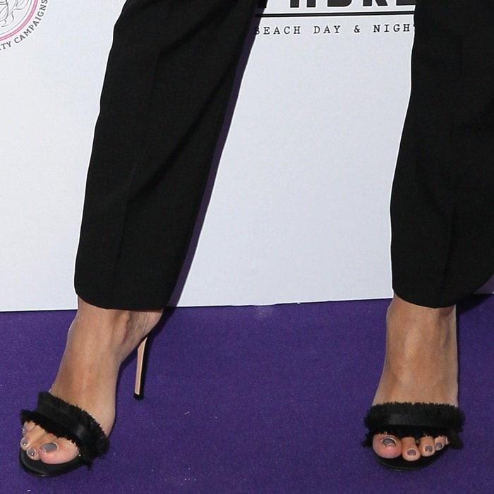 Eva Longoria showed off her feet in Gianvito Rossi's 'Denim Lola' sandals