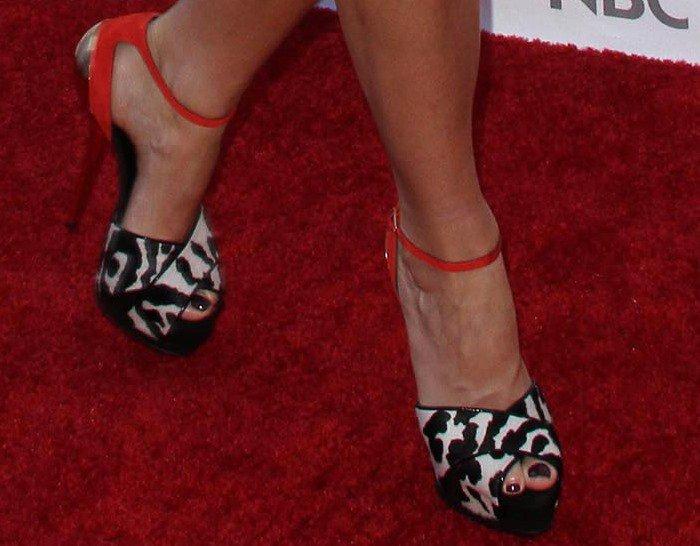 Gwyneth Paltrow's feet in Giuseppe Zanotti sandals