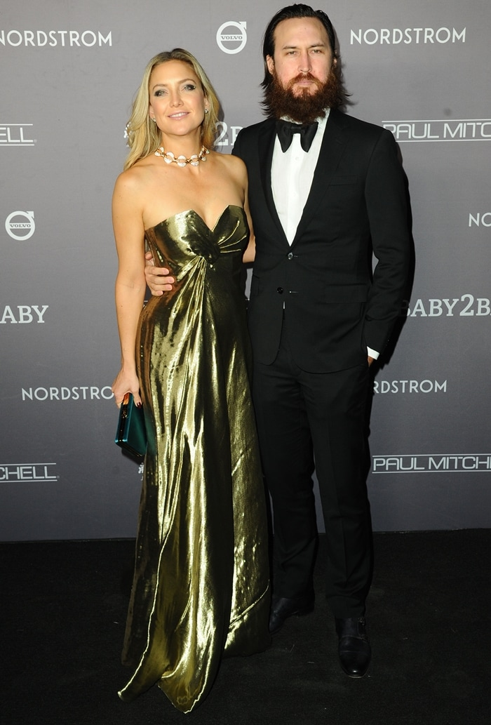 Kate Hudson and her boyfriend Danny Fujikawa attend the 2019 Baby2Baby Gala
