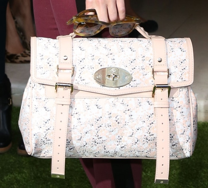 Olivia Palermo toted a Mulberry bag