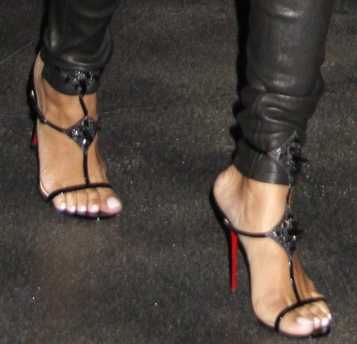 Rihanna's feetfeet in'Lady Max Spike' sandals from Christian Louboutin