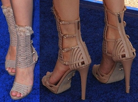 Selena Gomez showed off her feet in Sergio Rossi gladiator sandals
