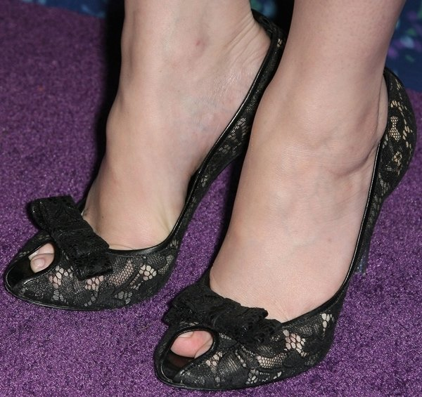Christina Hendricks put her toes on display in hot stilettos