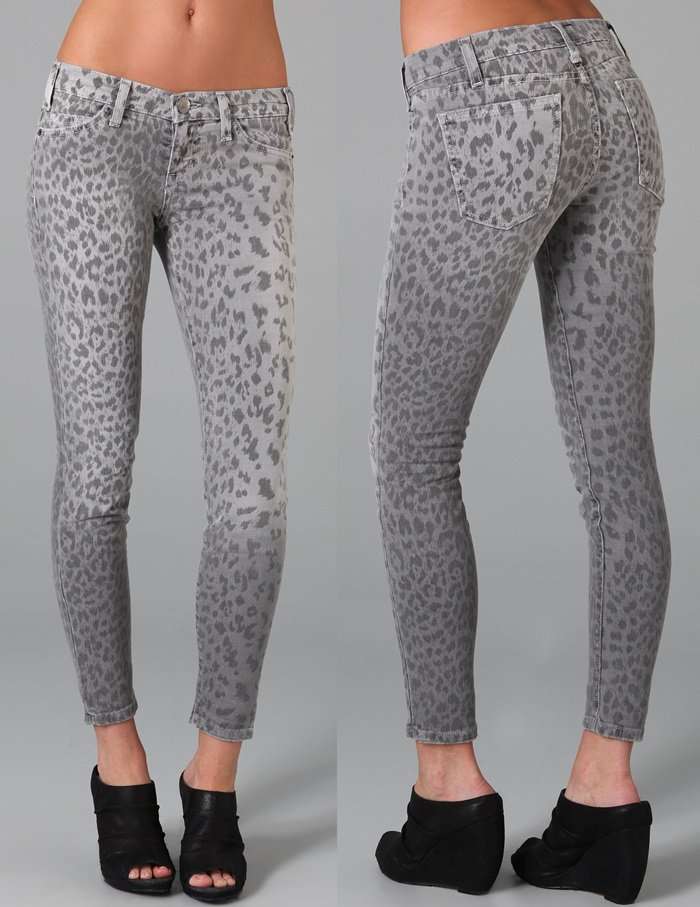 These leopard print ankle skinny jeans feature 5-pocket styling and a single-button closure.