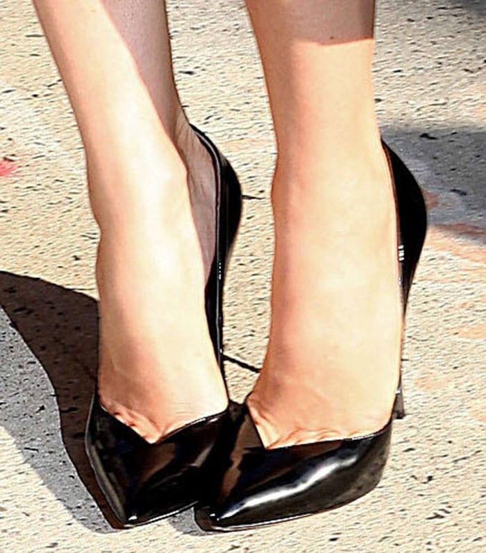 Jessica Biel wearing Casadei Blade pumps