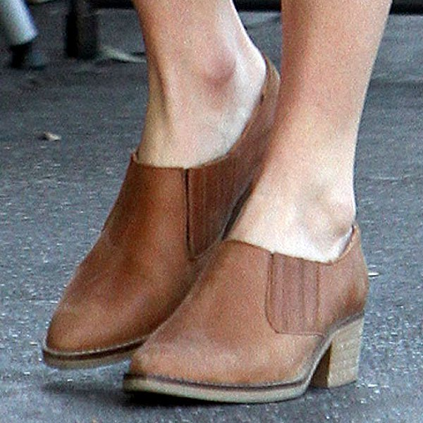 Kate Bosworth's Topshop 'Kowboy' low-cut western shoes