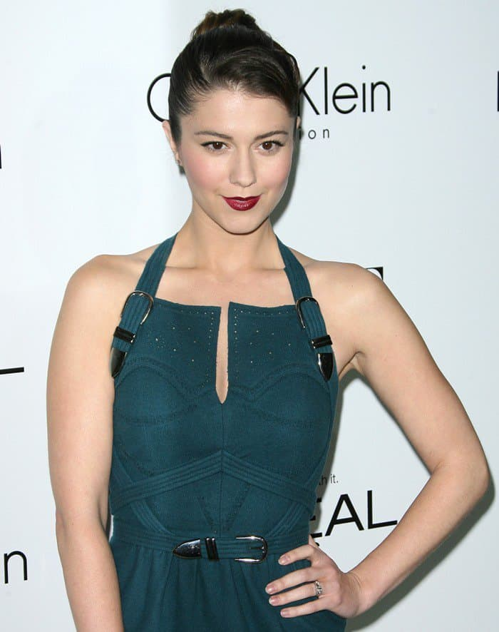 Mary Elizabeth Winstead at ELLE's 19th Annual Women in Hollywood Celebration held at Four Seasons Hotel in Beverly Hills on October 15, 2012