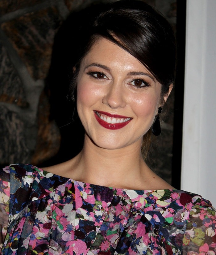 Mary Elizabeth Winstead sported a floral Erdem dress and a simple upswept hairdo