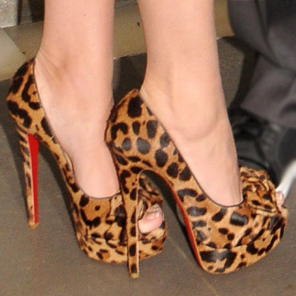 Megan Fox shows off her toes in Christian Louboutin Madame Butterfly peep toe pumps