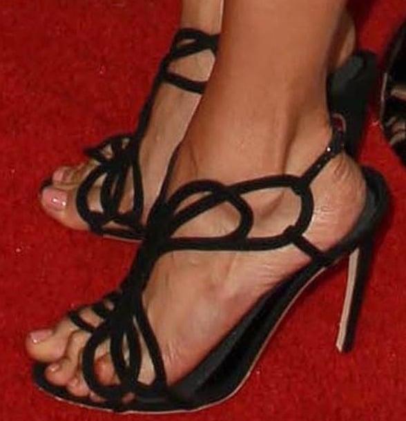 Nina Dobrev put her pretty feet on display inRupert Sanderson sandals