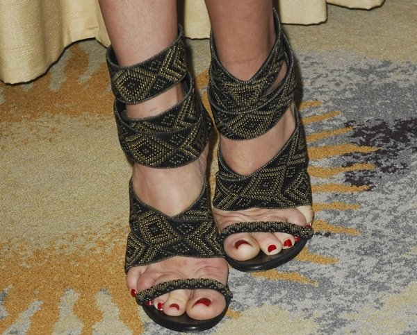 Rebecca Romijn's hot feet in beaded shoes
