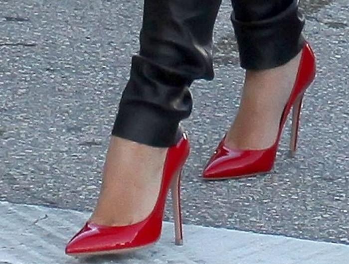 Kim Kardashian in red shoes