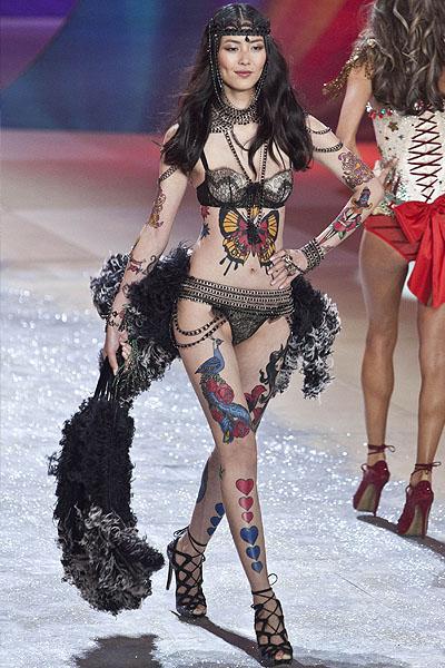 Chinese model Liu Wen walks the runway during the Victoria's Secret 2012 Fashion Show