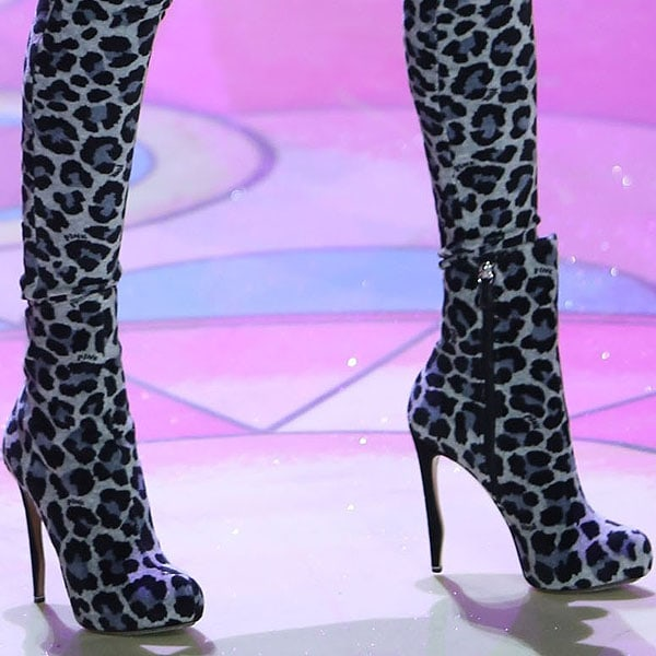 Model Shu Pei Qin rocks animal print boots