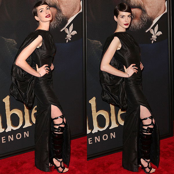 Anne Hathaway Ziegfeld Theatre: Anne Hathaway's Tom Ford Bondage Boot Sandals From Every Angle