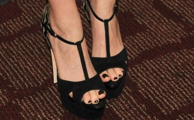 A closer look at Kate Mara's sandals