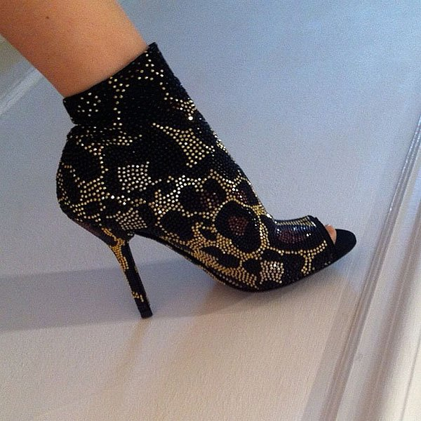 Kylie Minogue shoes 6