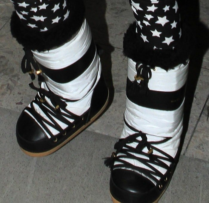 A closer look at Nicki's bulky MARC by Marc Jacobs snow boots