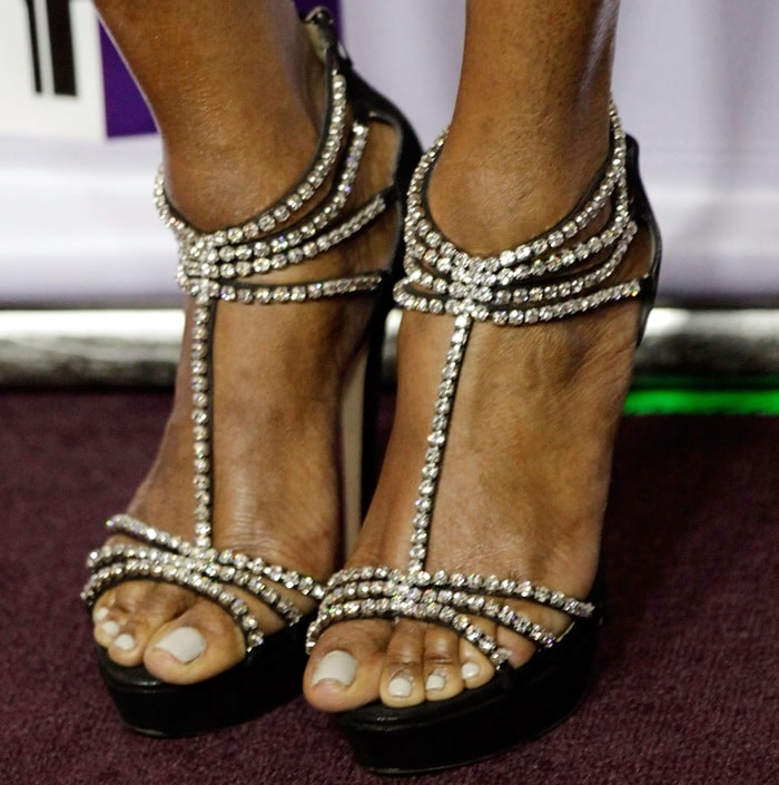 Nene Leakes shows off her feet in crystal-embellished sandals