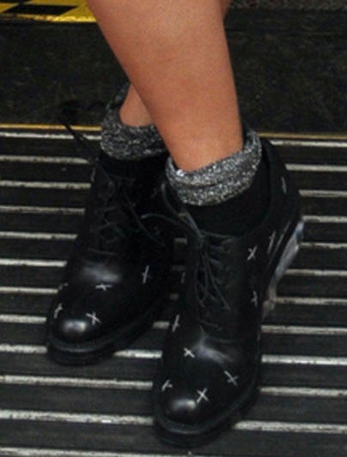 Rita Ora's feet in Simone Rocha oxfords