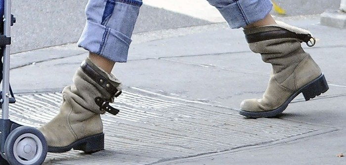 Sarah Jessica Parker wearing rugged boots