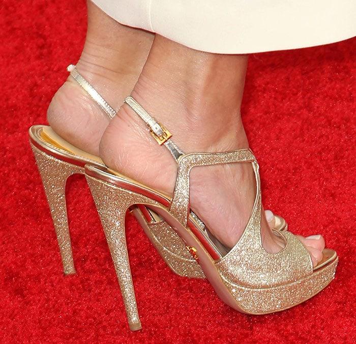 Emily-Blunt-Prada-sandals