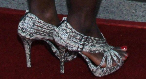 Erica Tazel wearingsexy python sandals