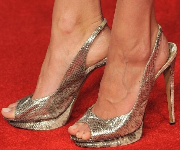 Jaimie Alexander's sexy feet in Nicholas Kirkwood pumps