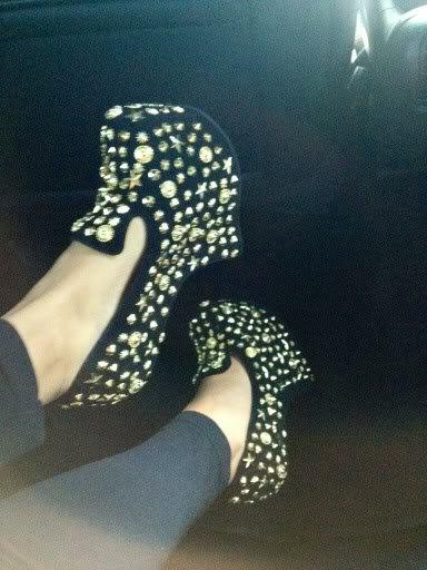 "Snooki wearing her fabulous Jeffrey Campbell ""Blyke"" shoes"