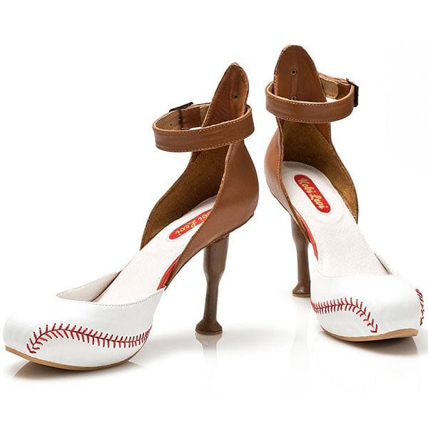 Kobi Levi Baseball shoe
