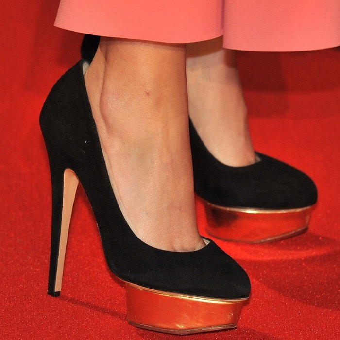 """Rose Byrne rocking the popular """"Dolly"""" pumps from Charlotte Olympia"""