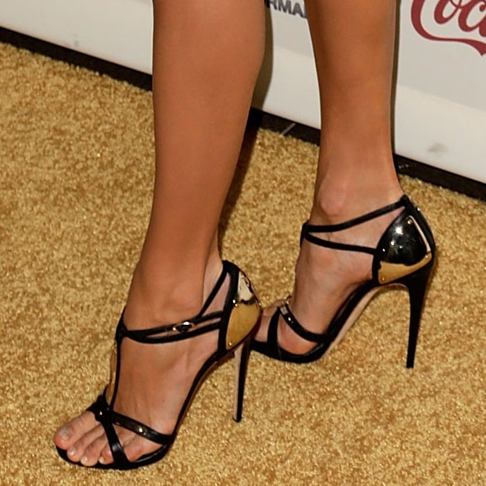 Stacy Keibler in strappy black Giuseppe Zanotti sandals