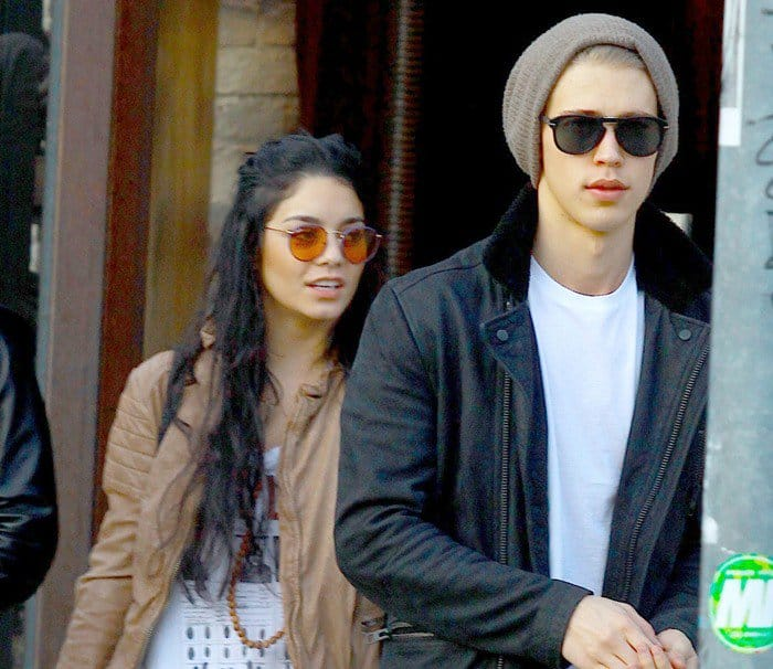 Vanessa Hudgens and Austin Butler out shopping in Robinson Drive on January 5, 2013