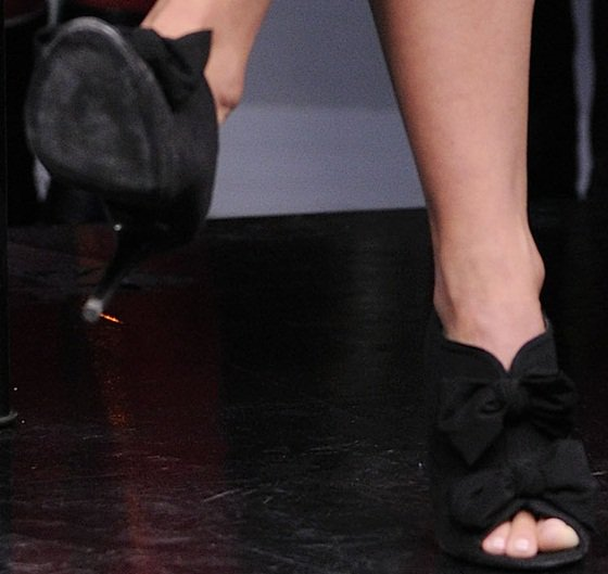 julianne hough bow detailed booties