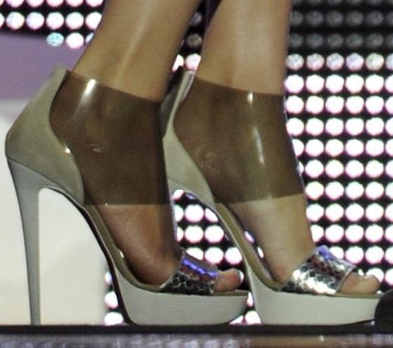 taylor swift christian louboutin sandals