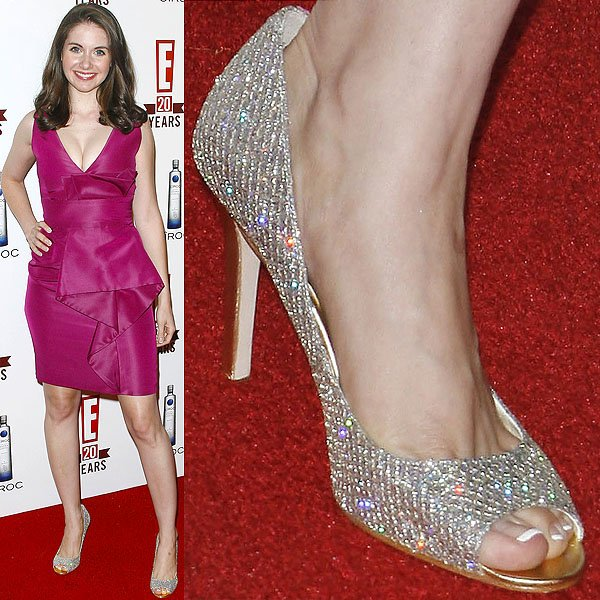 Alison Brie wearing glittering heels at E!'s 20th Birthday Party