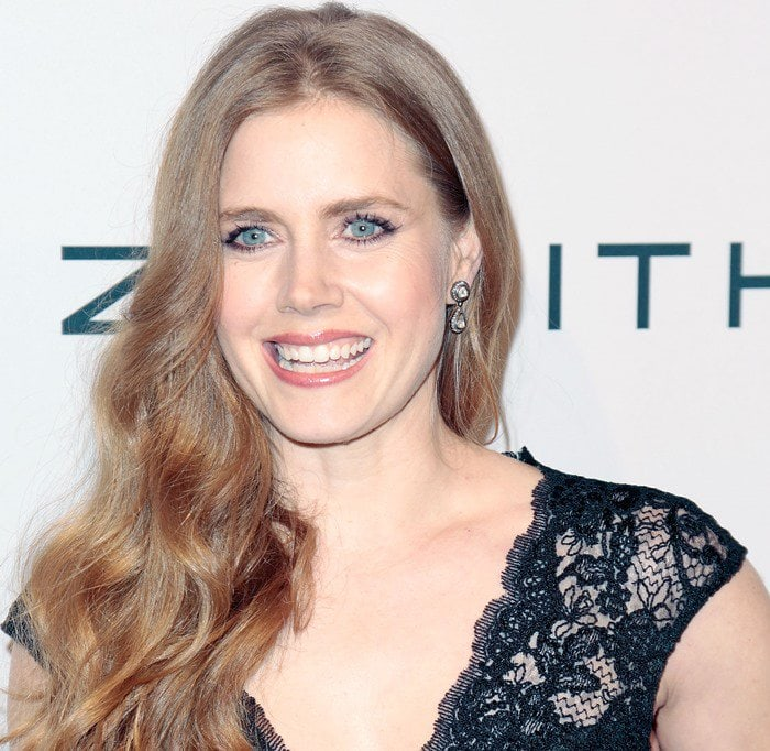 Amy Adams shows off her drop earrings by Amrapali