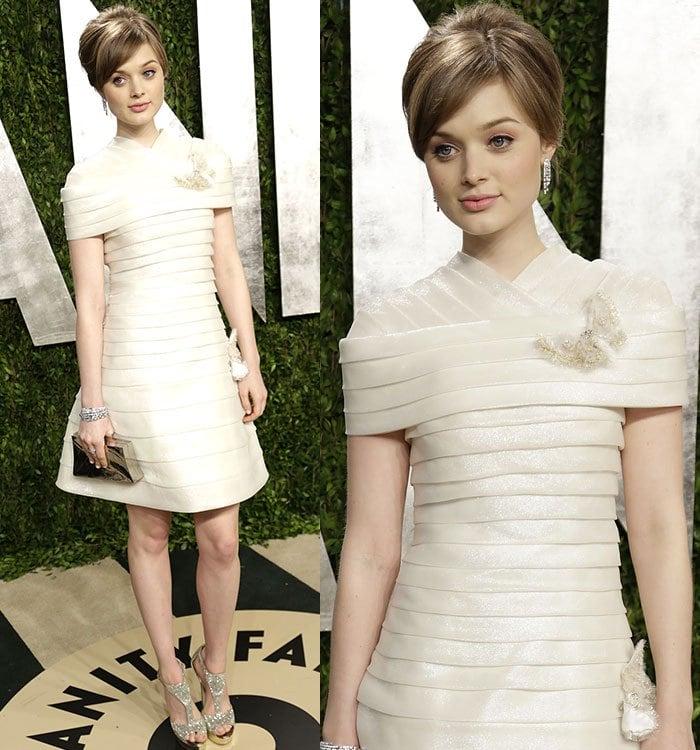 Bella-Heathcote-2013-Vanity-Fair-Oscar-Party