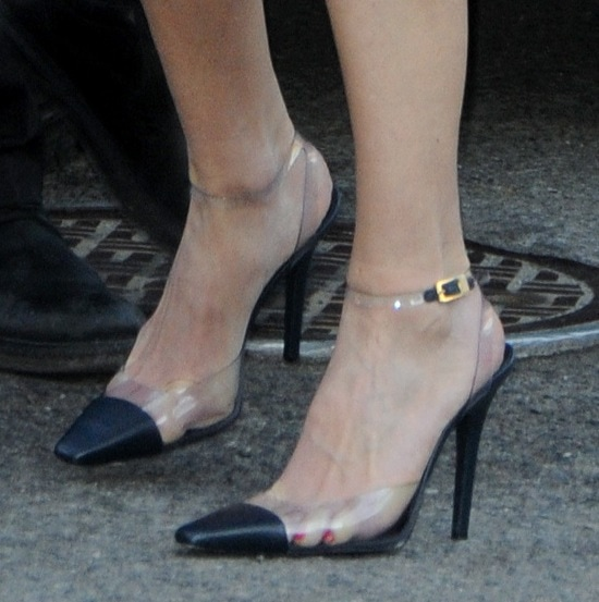 Hilary Swank's pumps are from Michael Kors