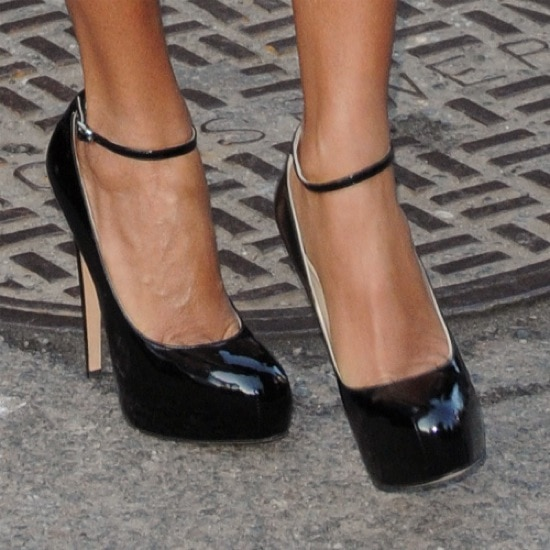 Jada is wearing the 'Zenith' pump from Brian Atwood in black patent