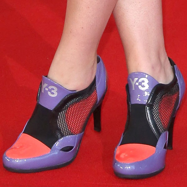 "Jaime Winstone showing off her feet in Y-3 ""Torsion"" patent pumps"