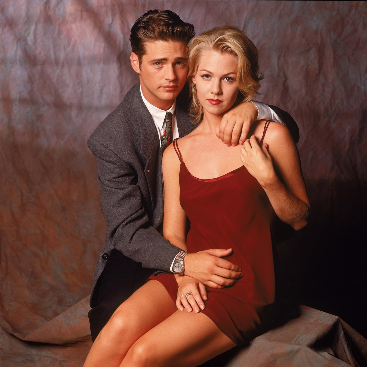 Jason Priestly (as Brandon) and Jennie Garth (as Kelly) have both refuted Jessica Alba's claims regarding Beverly Hills, 90210