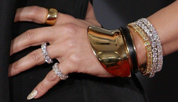 Jennifer Lopez rocked a 33-carat canary diamond bracelet