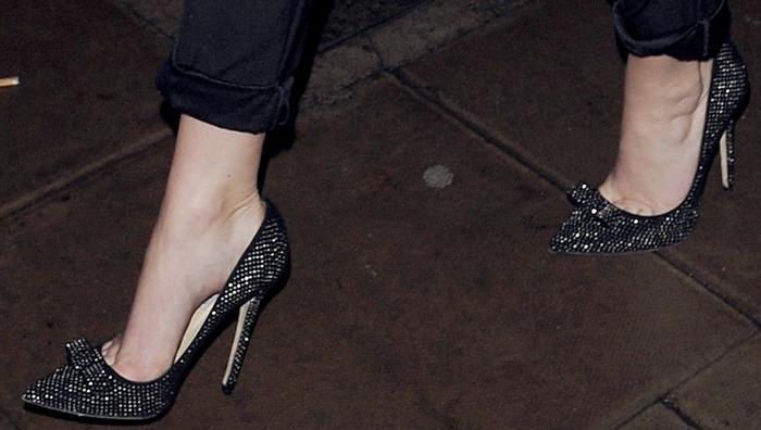 """Jennifer Lawrence rocking """"Maya"""" pumps from Jimmy Choo"""