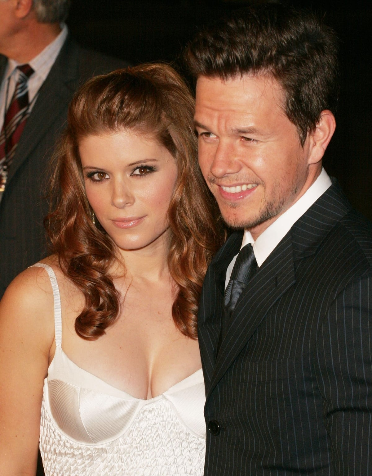 Kate Mara and Mark Wahlberg at the Los Angeles premiere of Shooter