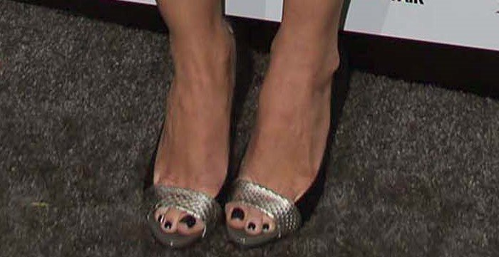 Olivia Munn shows off her feet in Jean-Michel Cazabat Ophelia pumps