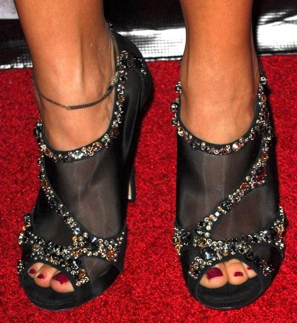 Rashida Jones wearing glittering shoes