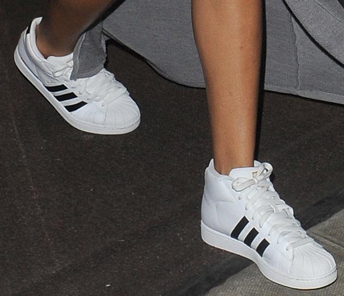 Rihanna wearingfresh white sneakers