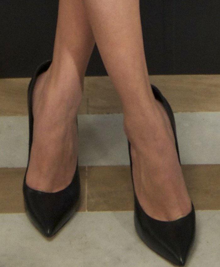 Selena-Gomez-Casdei-pumps